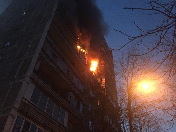 Взрыв в жилом доме у метро «Авиамоторная» в Москве: фото и видео с места событий