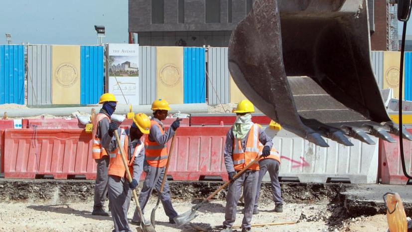Исследование: при строительстве стадиона к ЧМ-2022 в Катаре каждые два дня погибает один рабочий