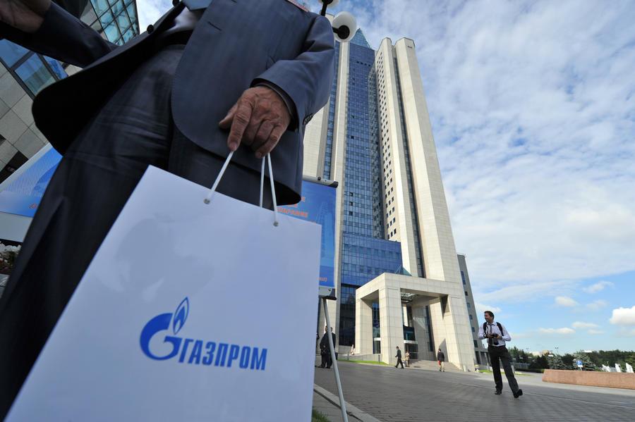 «Газпром» будет продавать топливо итальянским водителям