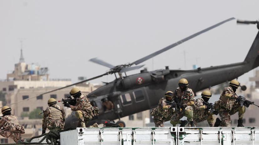 Недалеко от Сирии начались крупномасштабные военные учения