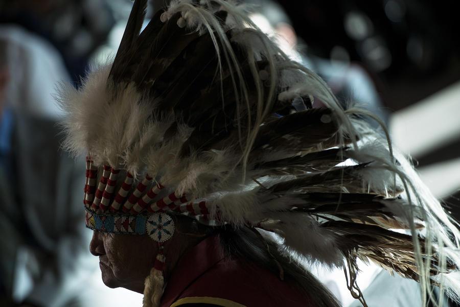 Хакеры во главе с россиянином обокрали племя индейцев
