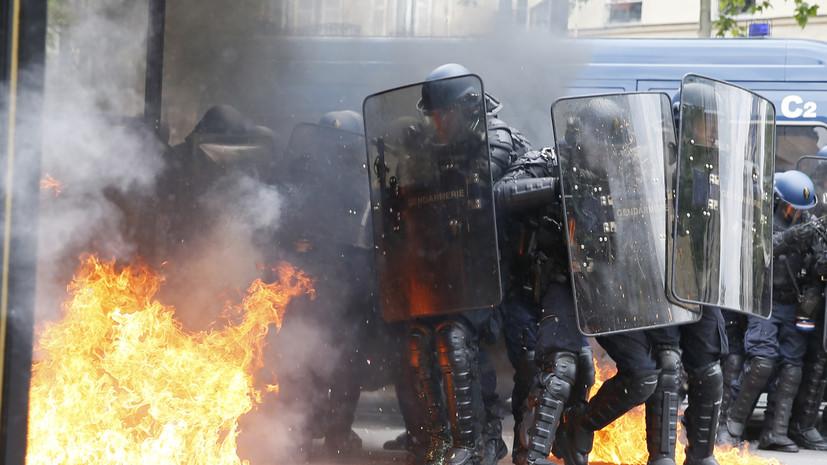 ВоФранции против изменений трудового кодекса протестуют до220 тыс. человек