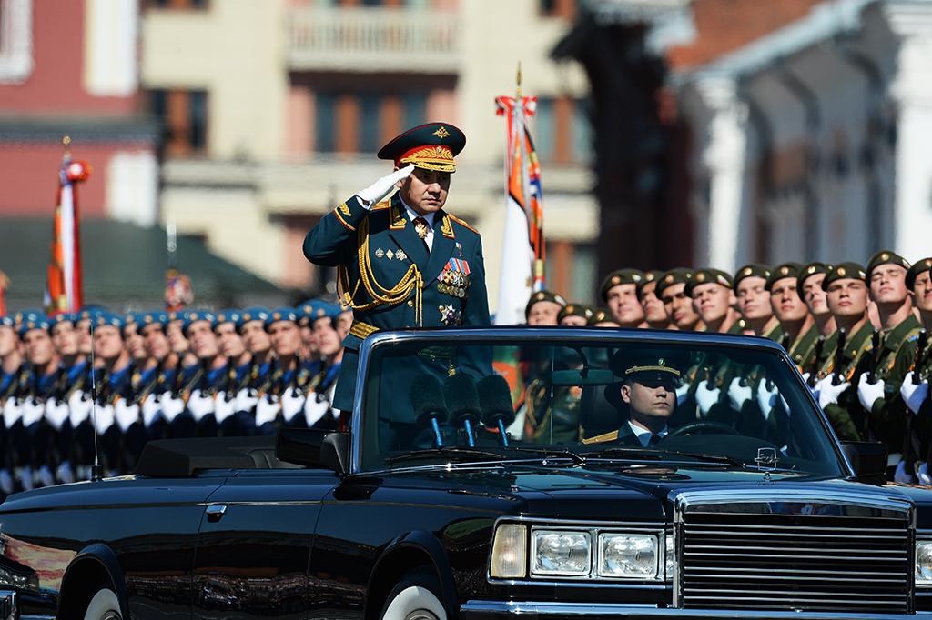 Министр обороны РФ, генерал армии Сергей Шойгу во время военного парада на Красной площади в честь 71-й годовщины Победы в Великой Отечественной войне 1941-1945 годов.
