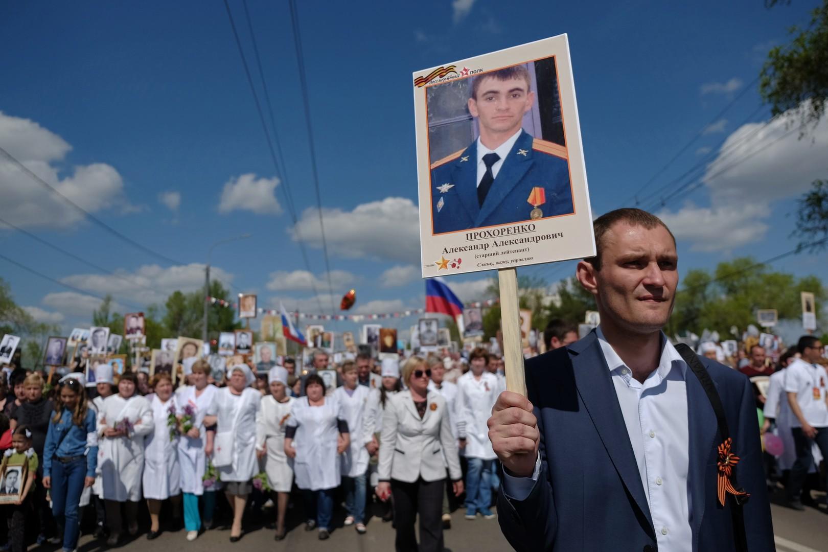 «Подвиг мирового уровня»: ещё одна чета французов передала медали семье офицера Прохоренко