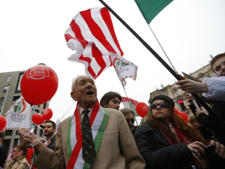 Митинг сторонников партии «Йоббик»