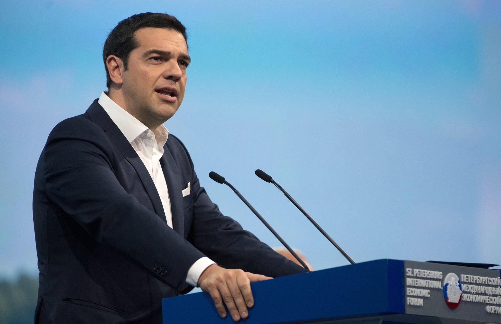 Премьер-министр Алексис Ципрас. По данным соцопросов, его поддерживают большинство греков, считая борцом с беспринципными кредиторами.