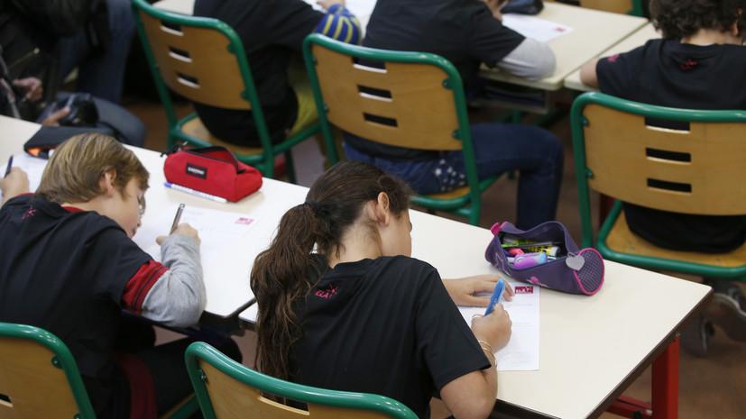 Уроки арабского: как предложение министра образования возмутило французов