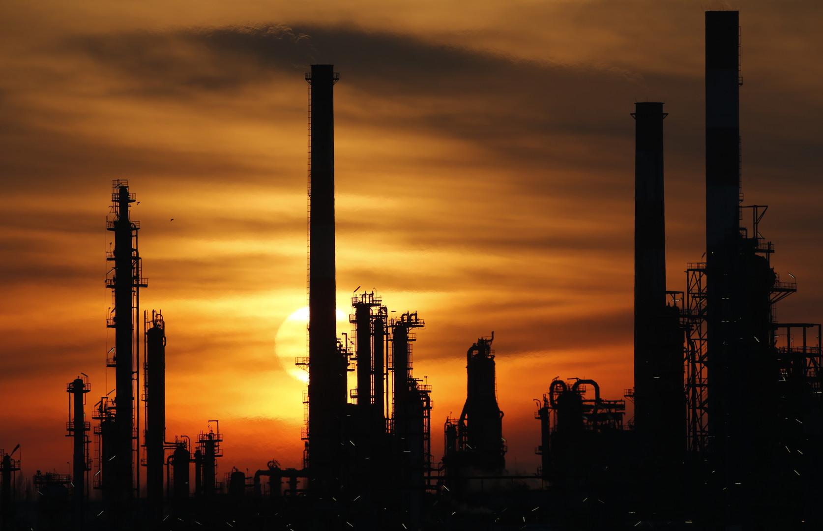 Постпред РФ: Неудача встречи ОПЕК по уровню добычи нефти закономерна
