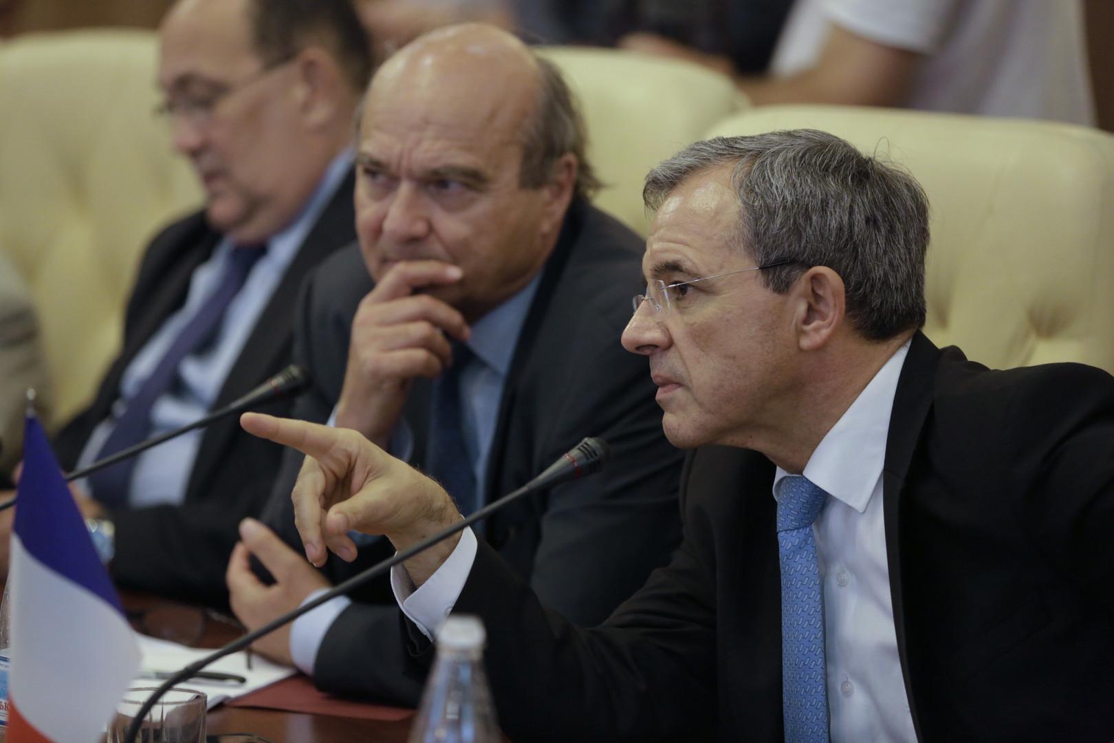 Французский депутат: Против Украины нужно ввести санкции