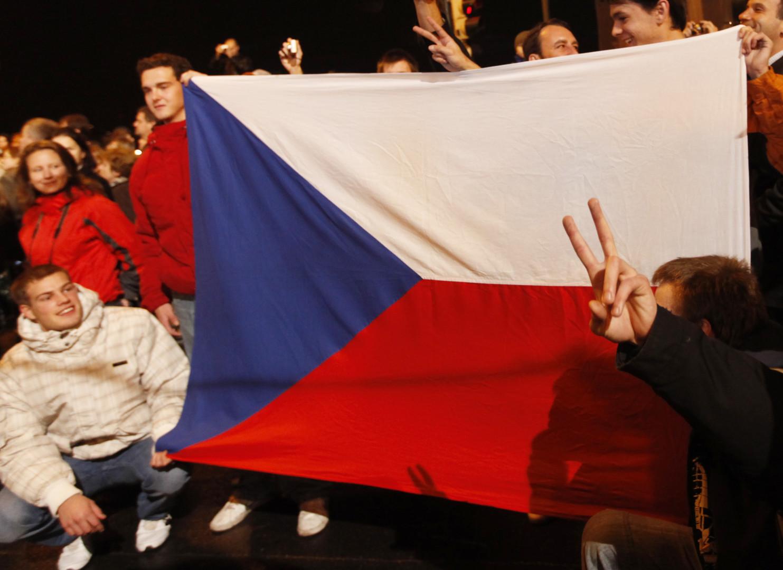 Евродепутат от Чехии призвал ввести санкции против Украины