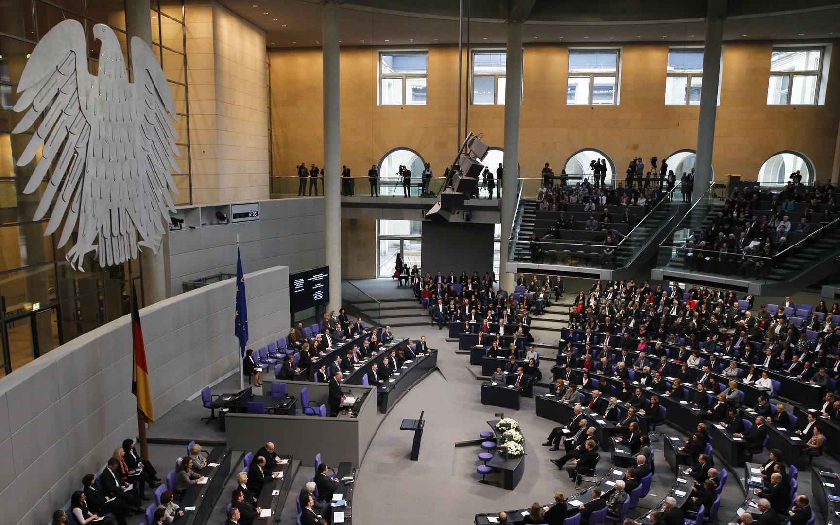 Die Welt: Германия сменила для себя статус России с «партнёра» на «соперника»