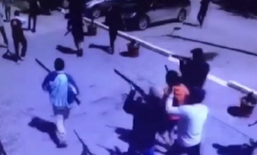 В казахстанском Актобе неизвестные устроили стрельбу, шесть человек погибли