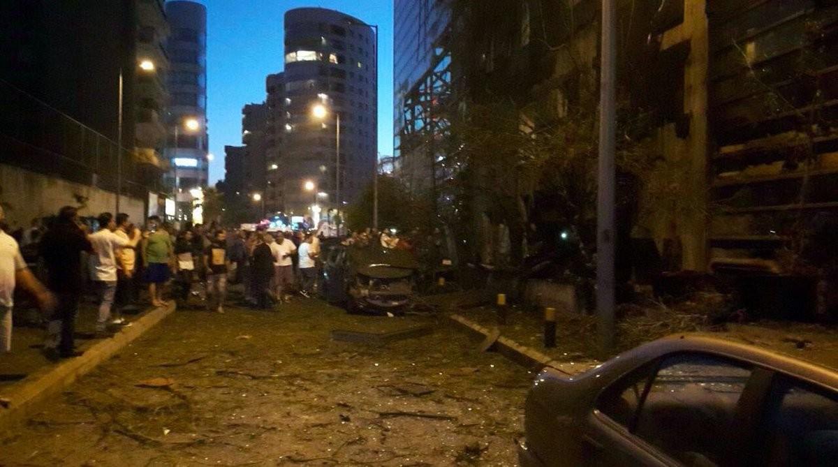 Мощный взрыв произошёл в Бейруте