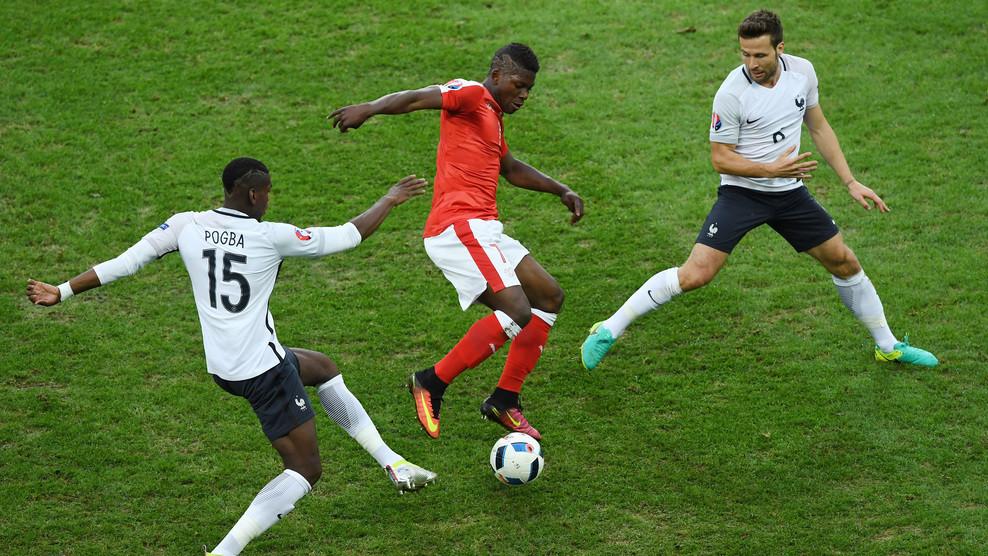 Сборные Швейцарии и Франции сыграли вничью