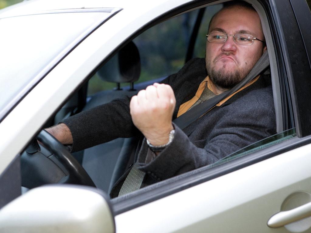Узнать за 60 секунд: автохамы на столичных дорогах
