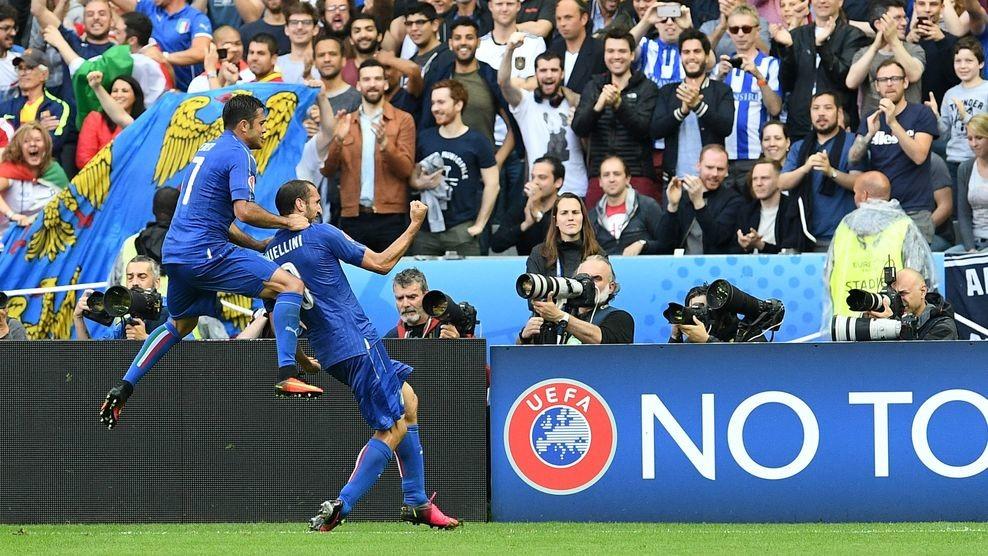 Сборная Италии обыграла команду Испании