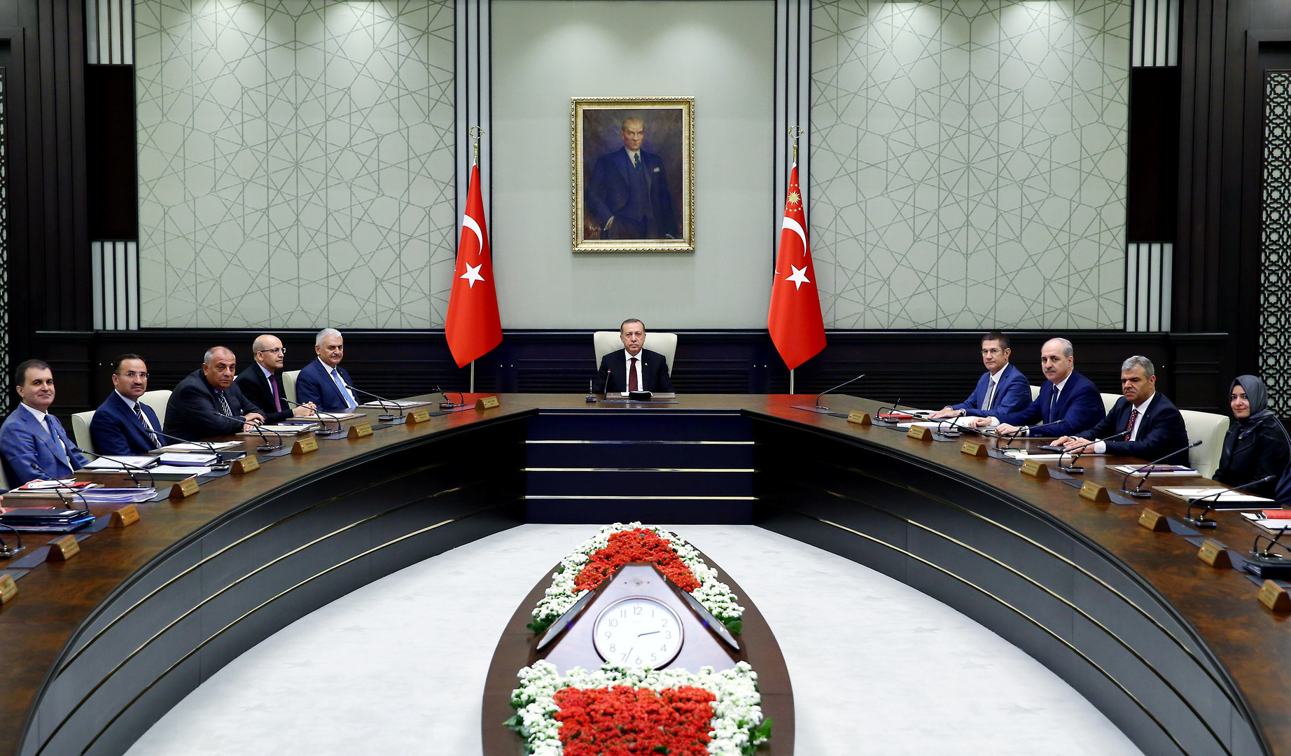 Эрдоган заявил, что надеется на скорую нормализацию отношений с Россией
