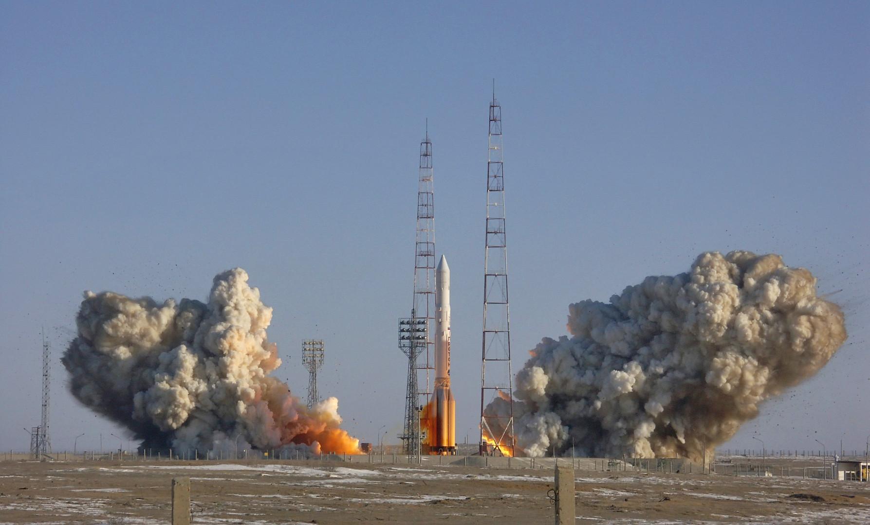 Туда и обратно: «Роскосмос» намерен создать возвращаемую первую ступень ракеты