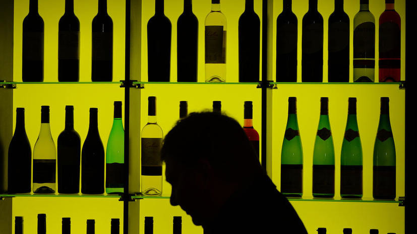Поставки импортного алкоголя в Россию могут приостановиться