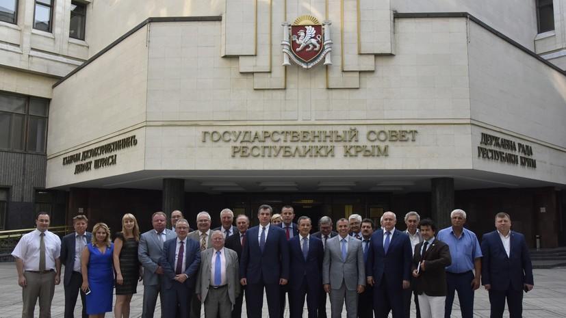 Украина пригрозила отказом во въезде французским депутатам, посетившим Крым