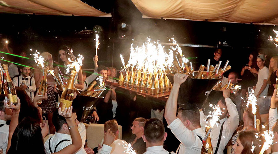 Парни пришли к успеху: как российские футболисты погуляли в Монте-Карло