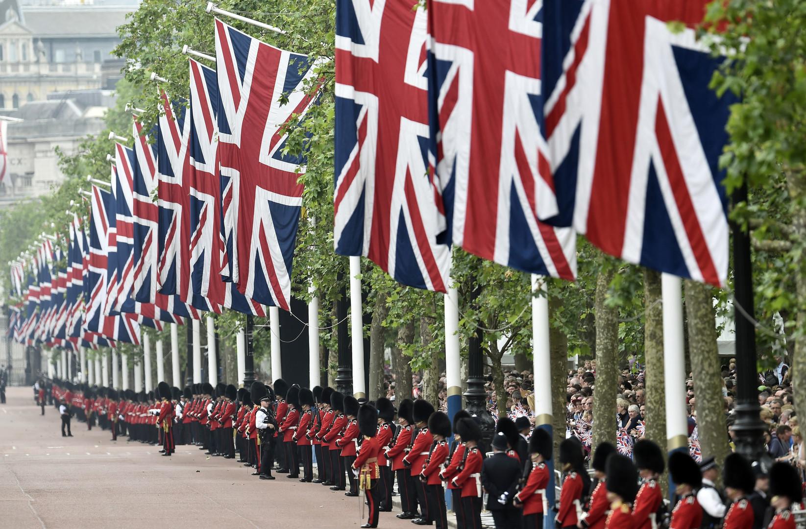 «Сигнал воинственности и антагонизма»: Эксперты прокомментировали RT доклад Британии об РФ