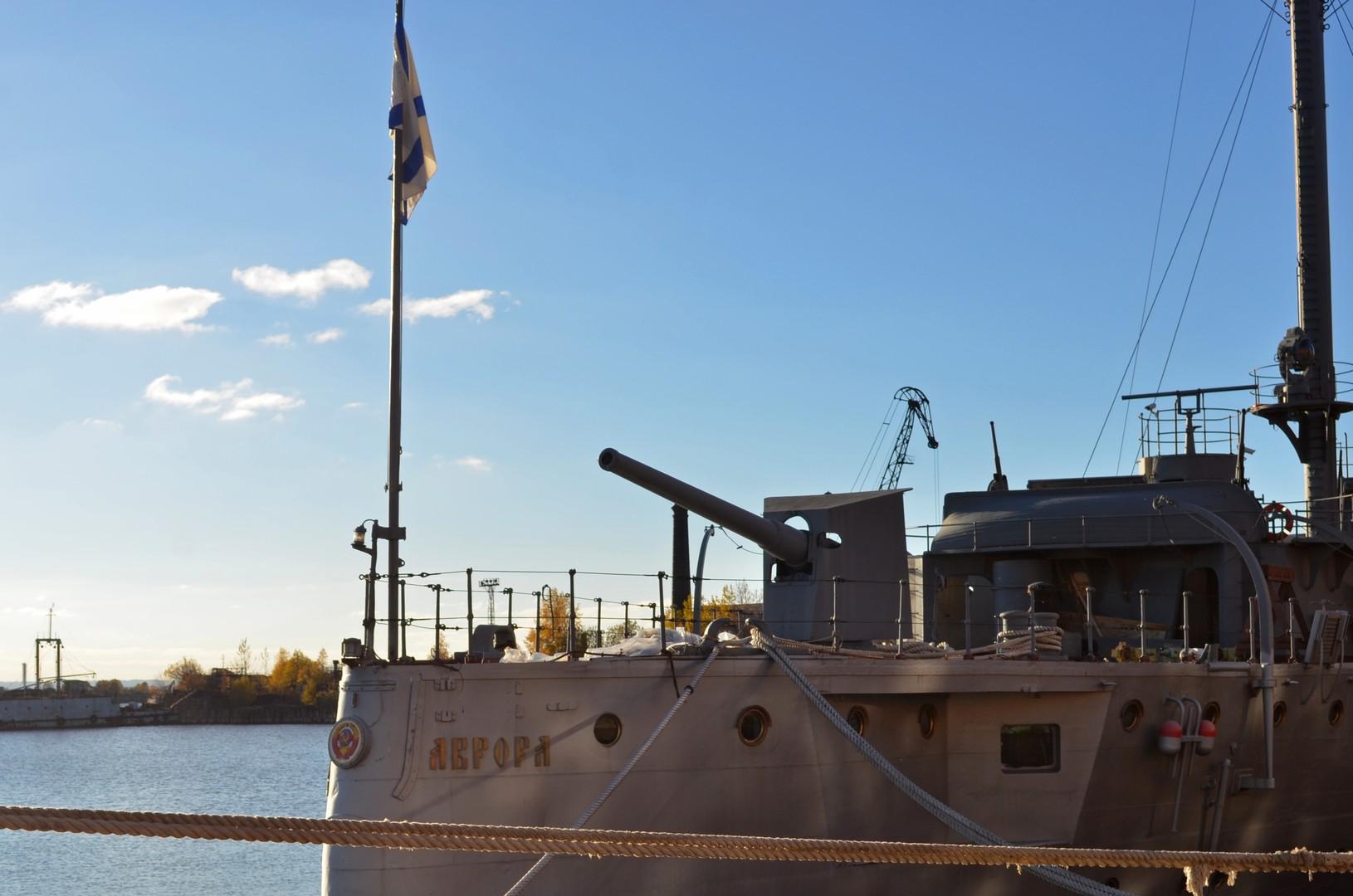 Легендарный крейсер «Аврора» вернётся к Петроградской набережной после ремонта