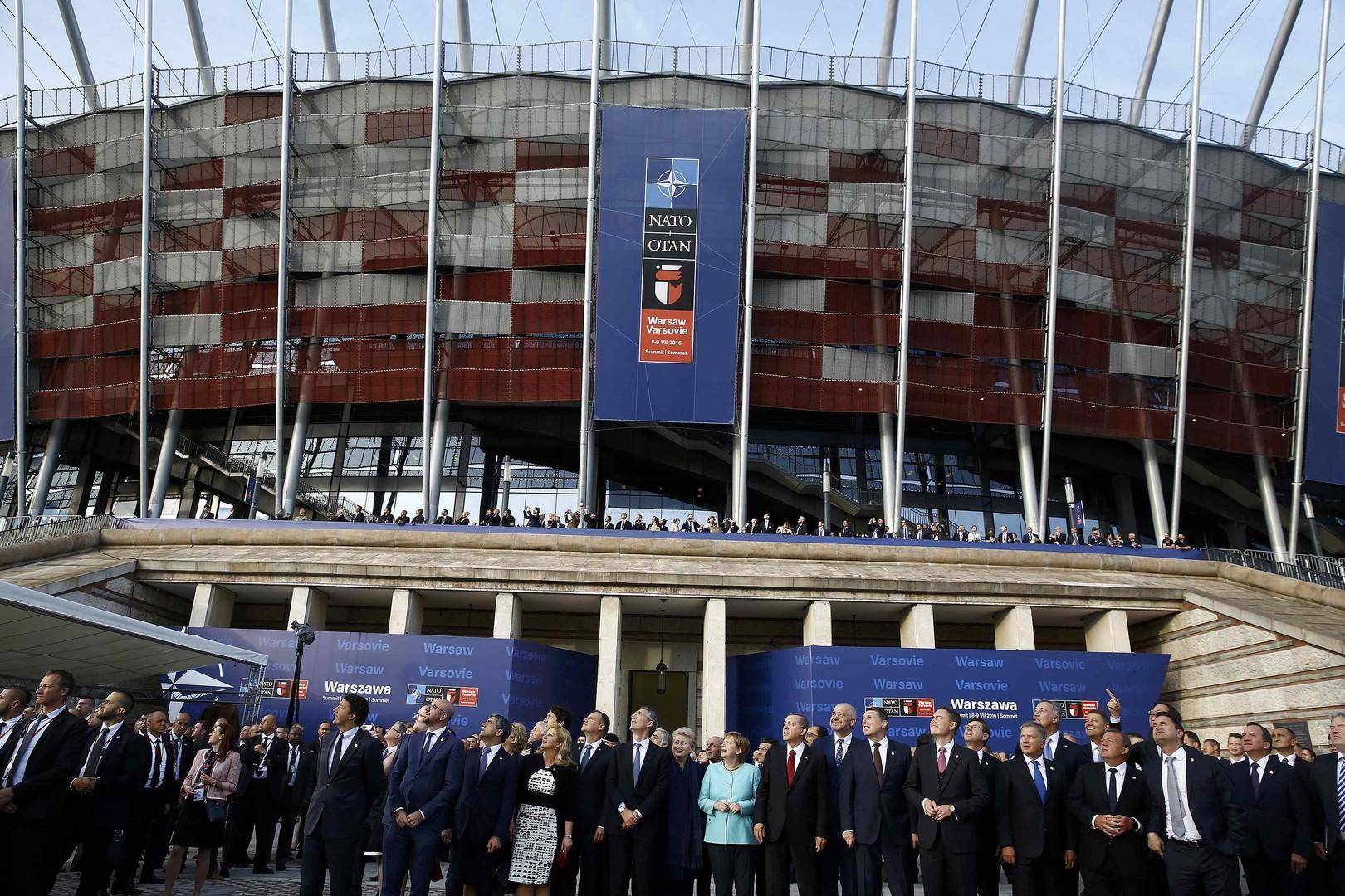 Саммит НАТО в Варшаве. Страны-члены альянса закрепили решение о размещении дополнительных сил в Восточной Европе и договорились о совместном противостоянии «российской угрозе».