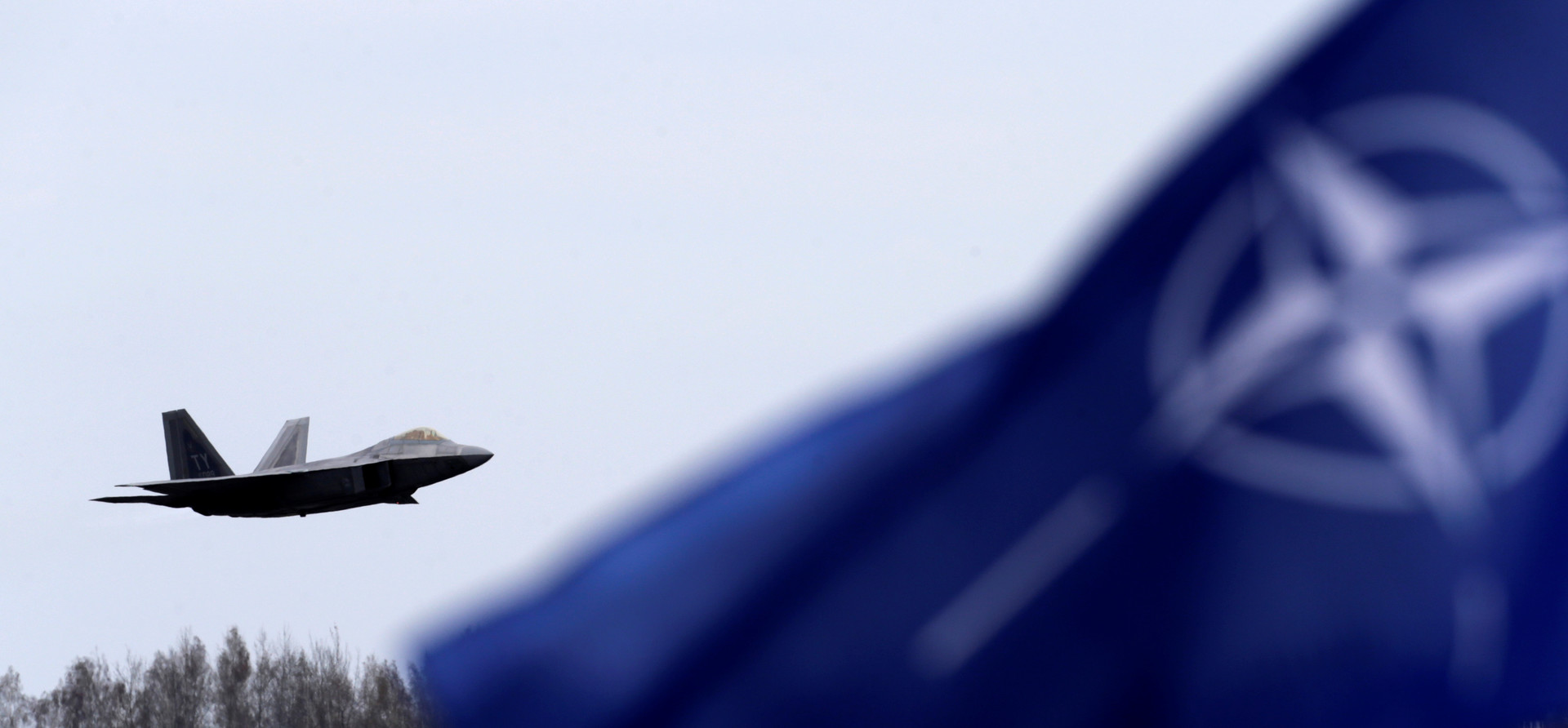 Экс-глава военного комитета НАТО: Россия нам не враг