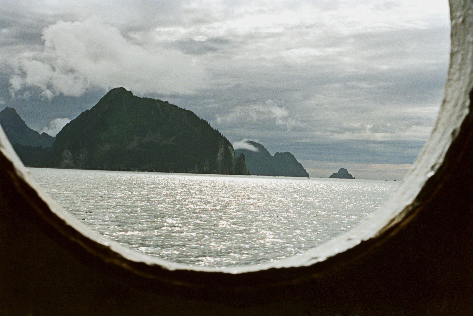 Экс-сенатор Аляски предложил соединить Россию и США тоннелем