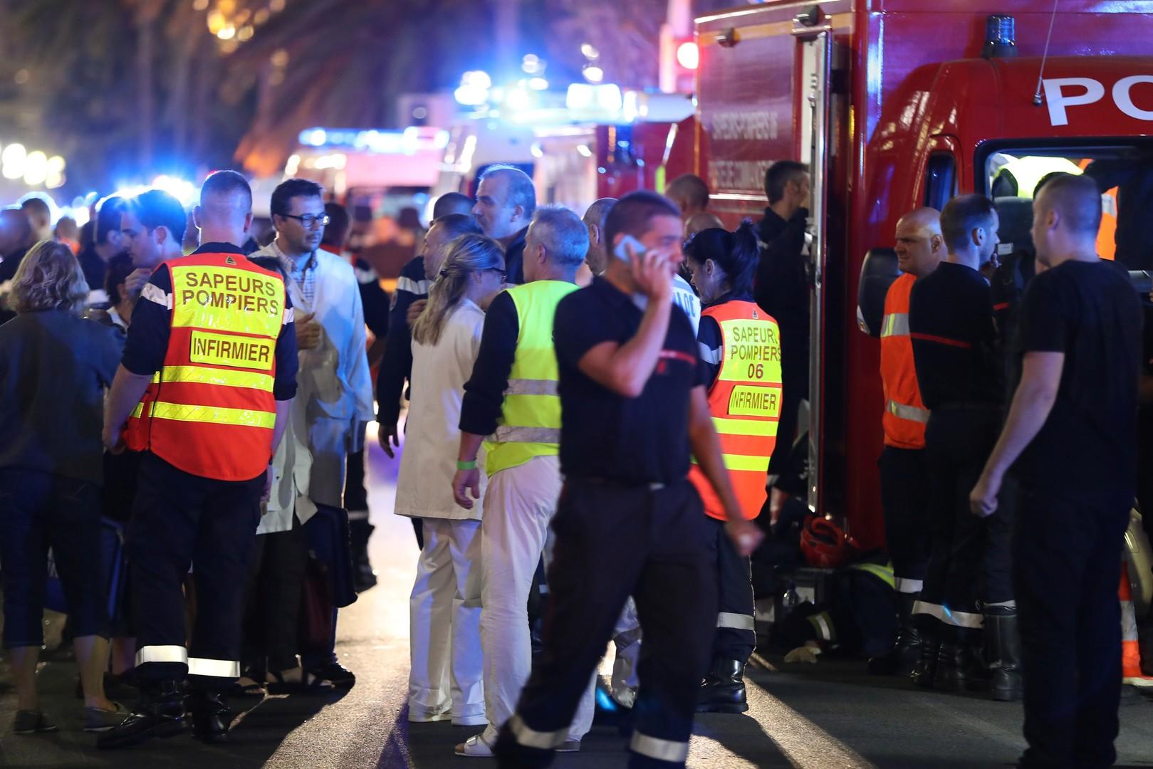Политолог: Террористы нанесли удар сразу после анонса отмены режима ЧП во Франции