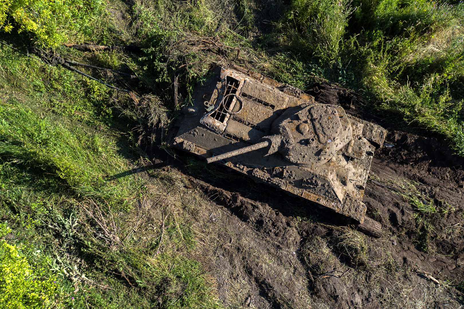 Танк Т-34 Сталинградского тракторного завода, найденный на дне реки Дон в Воронежской области.