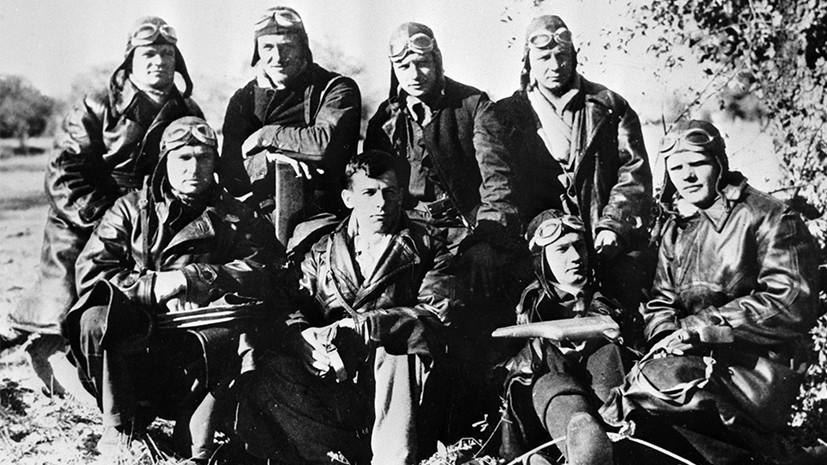 Советские летчики на аэродроме Сото под Мадридом