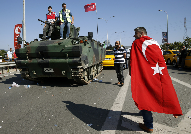 В Турции возобновились столкновения между силами безопасности и мятежниками