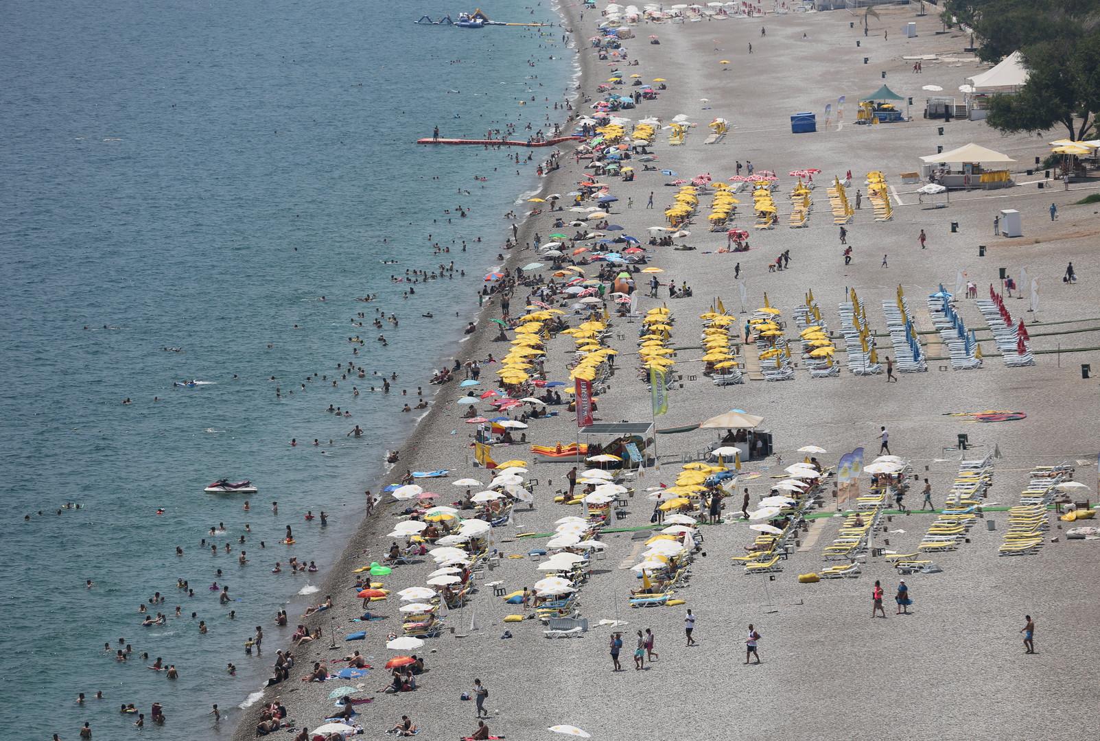 Море спокойствия: почему российские туристы не боятся терактов и госпереворотов