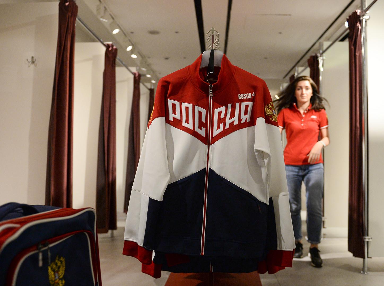 «Главное, что спортсмены участвуют в ОИ»: реакция спортивного мира России на решение МОК