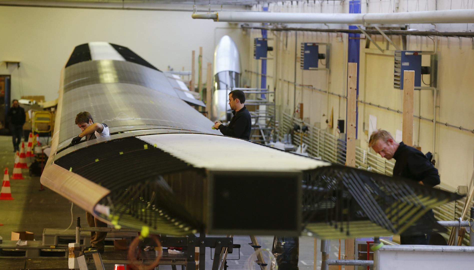 Сборка крыла Solar Impulse 2