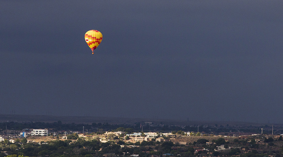В Техасе загорелся и упал воздушный шар с 16 пассажирами