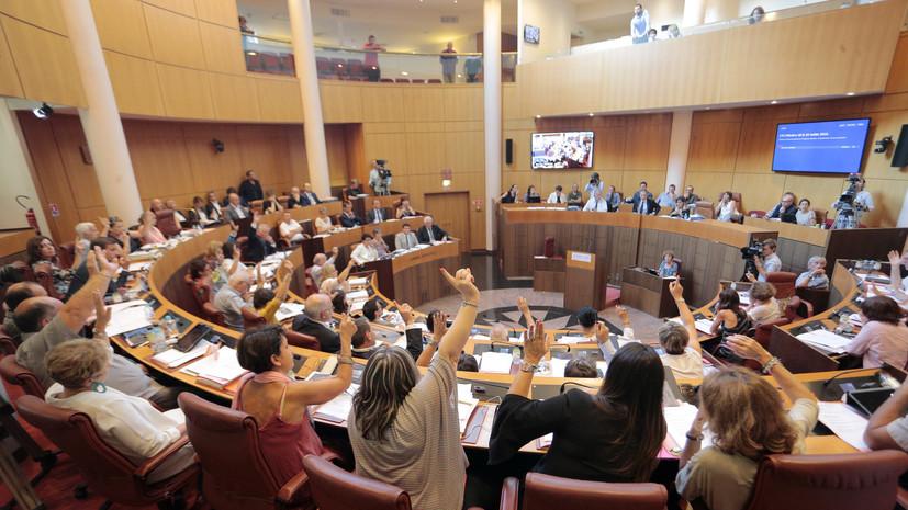 Корсика намерена снова требовать независимости, если не будут закрыты мечети на острове