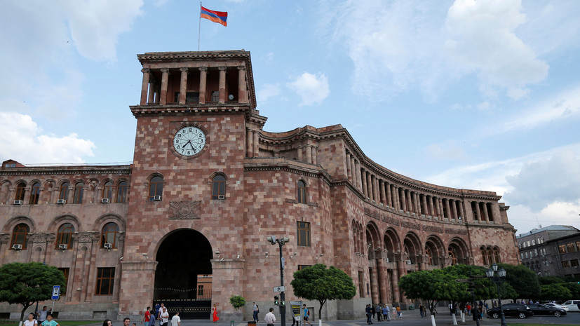 Адвокат задержанного в Армении по запросу США россиянина прокомментировал ситуацию RT