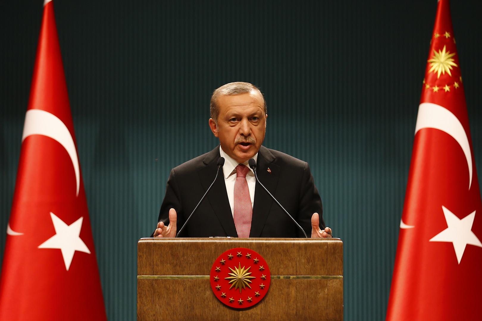 Эрдоган: Запад оказывает поддержку терроризму и стоит на стороне переворотов