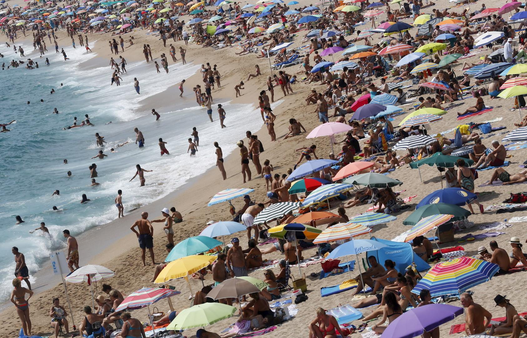 Туристический акт: в Каталонии веселье немецких девушек приняли за атаку террористов