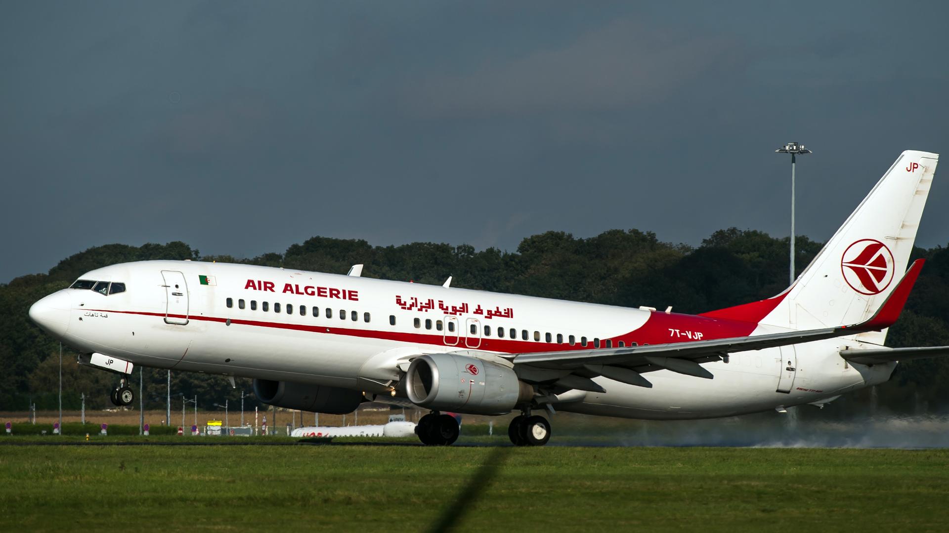 Пропавший с радаров рейс Air Algerie вернулся в Алжир из-за неисправности