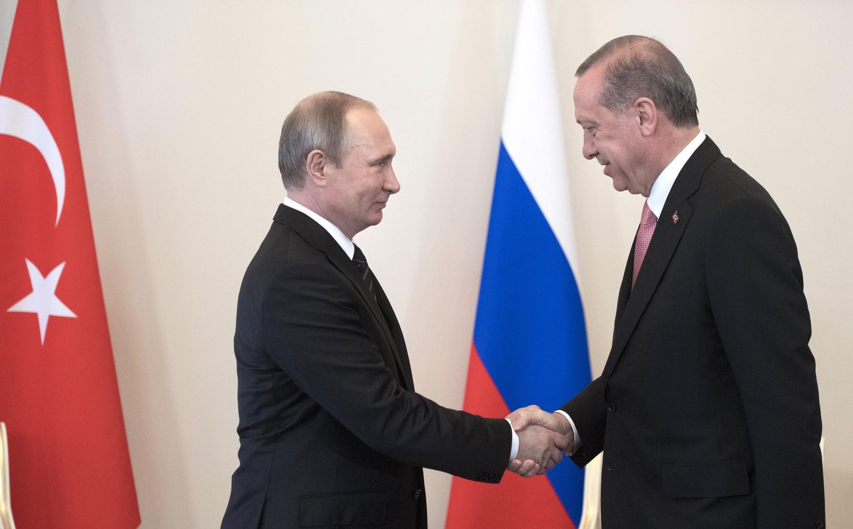«Турецкий поток», туризм и санкции: о чём говорили Эрдоган и Путин