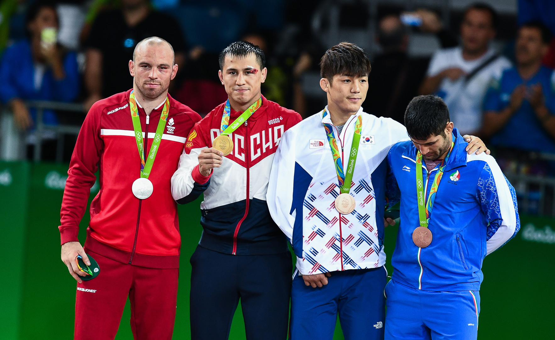 Российский борец греко-римского стиля Власов завоевал золото в категории до 75 кг