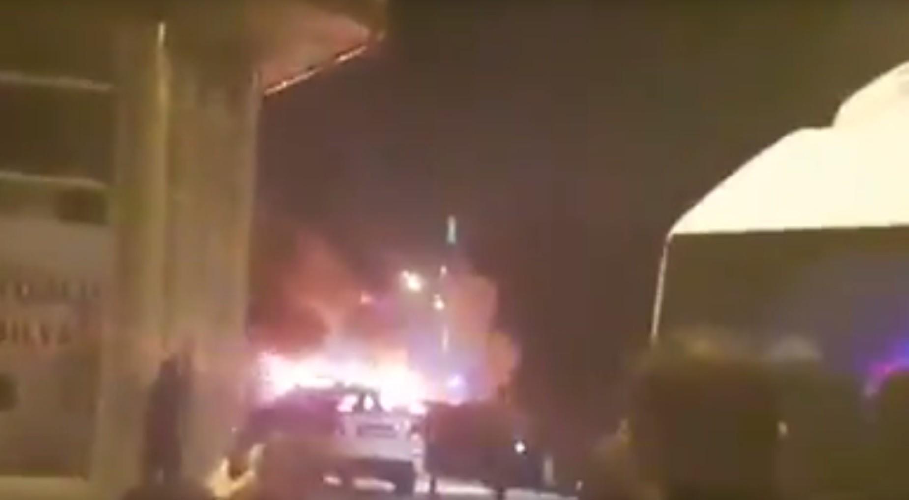 На востоке Турции произошёл взрыв у отделения полиции, есть погибшие и раненые