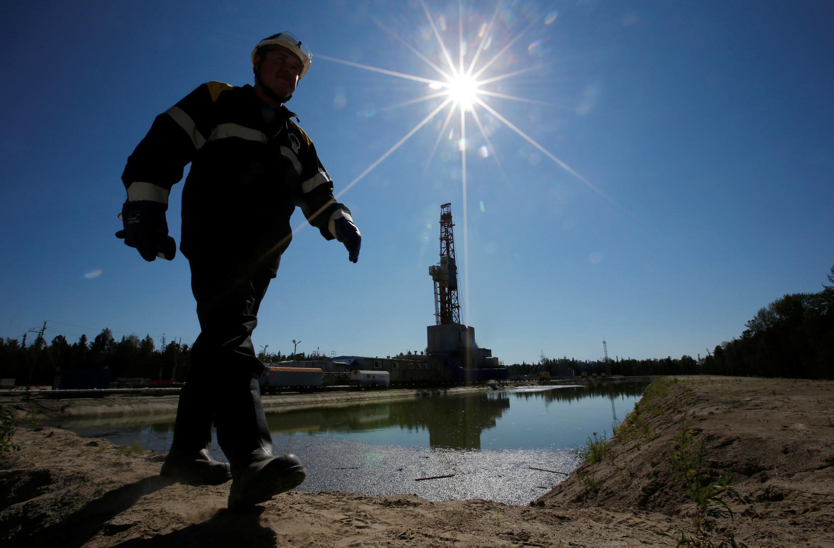 До и после $50: эксперты о том, чего ждать России от нефтяных цен