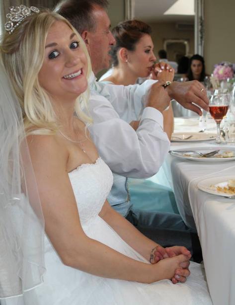 Самое грустное объявление опродаже свадебного платья покорило Сеть