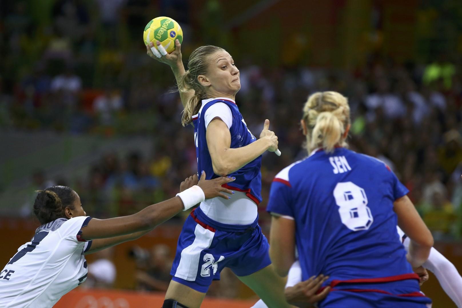 Россиянки выиграли олимпийское золото в гандболе