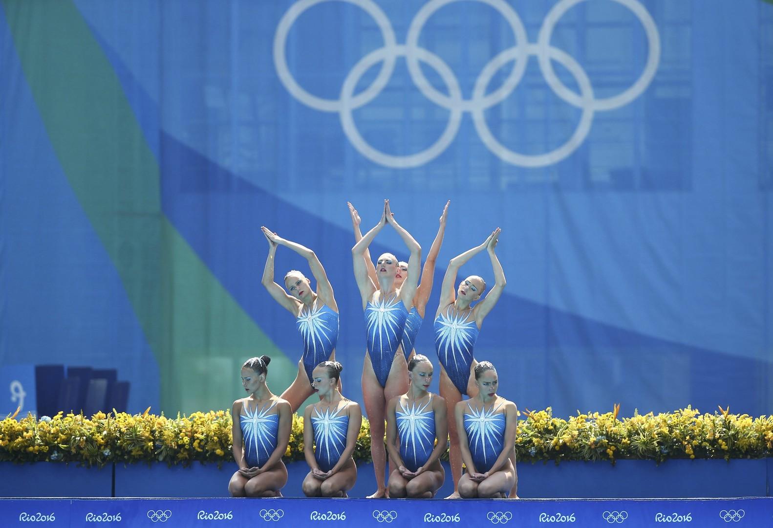 Команда российских синхронисток в финале олимпийских соревнований в Рио-де-Жанейро
